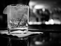 Weniger trinken – und zwar dauerhaft - lässt sich in wenigen Wochen erlernen